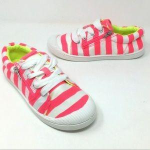 💕Host Pick💕 Cat & Jack girls Harmony sneakers